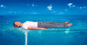 Massage der besonderen Art - Überwassermassage mit der Dreamwater Lounge oder dem Wellsystem bei uns in Varel
